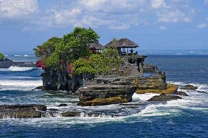 https://www.silverjet.nl/content/images/content/Thumb 300x200 Tanah Lot shutterstock_92064344.jpg