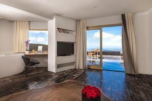 Executive Villa 4 slaapkamers met zwembad