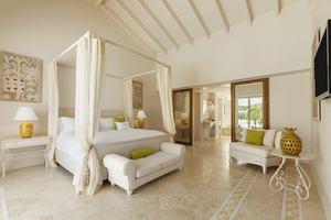 Luxury Pool Family Suite