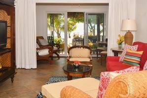 1-slaapkamer Beachfront Suite 1e verdieping