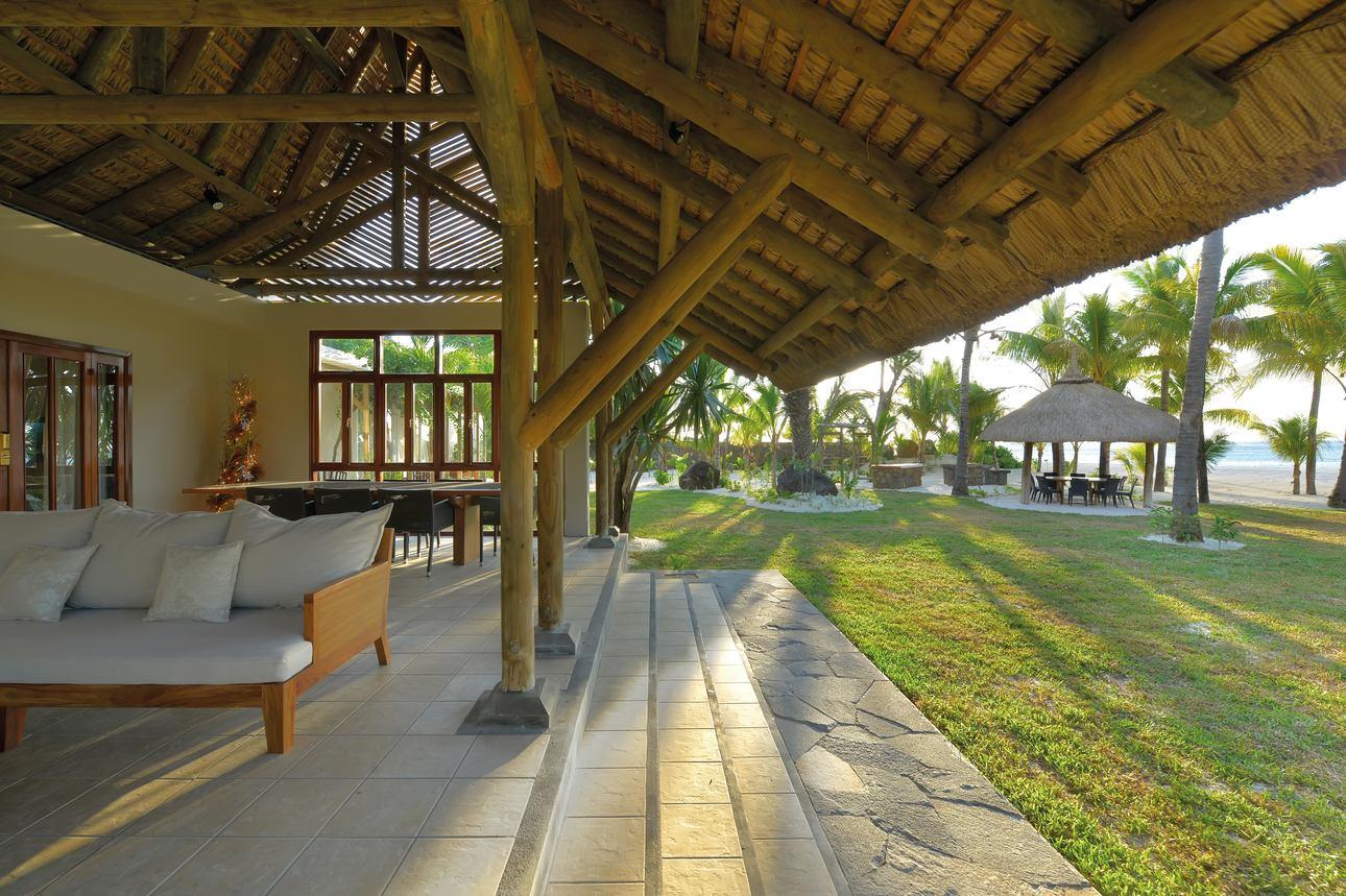 Dinarobin Villa