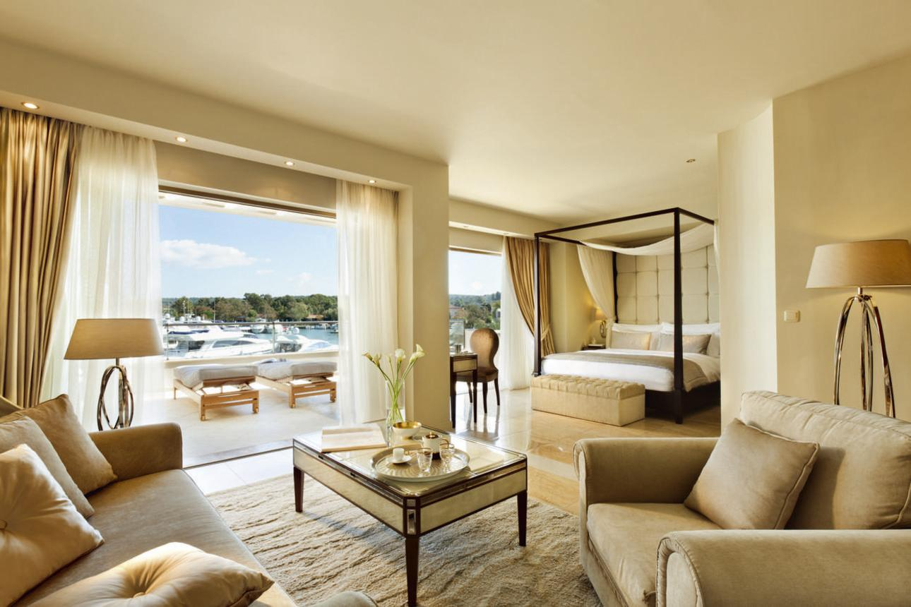 Junior Suite Marina Front