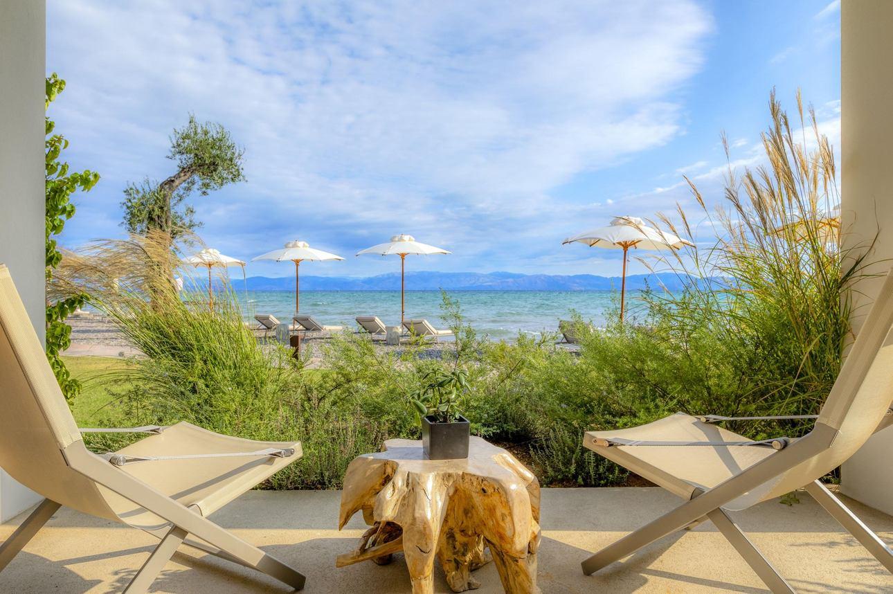 Emerald Retreat Beachfront