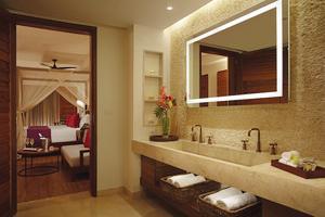 Preferred Club Bungalow Suite Frontaal Zeezicht