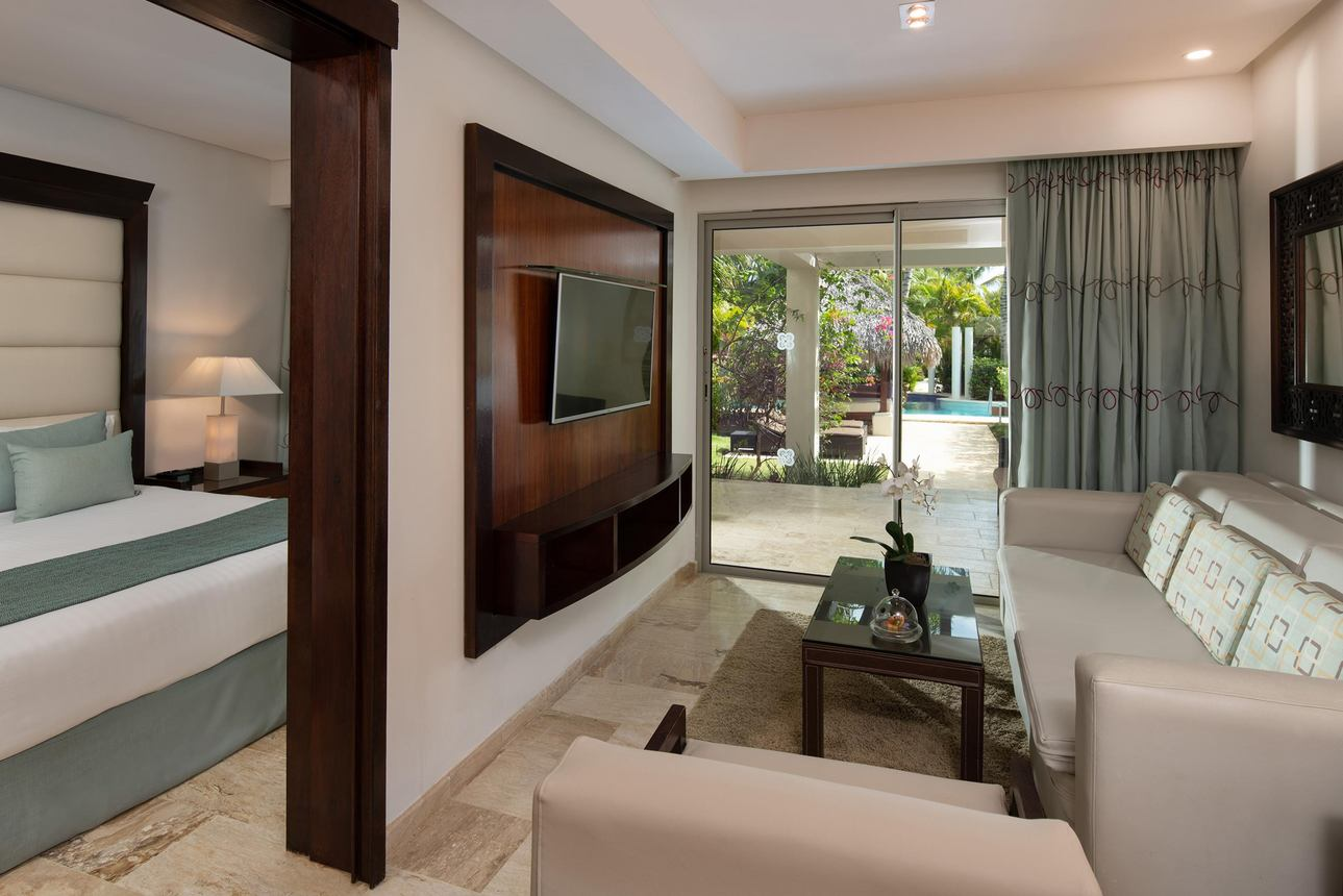 The Reserve One Bedroom Suite Swim Up