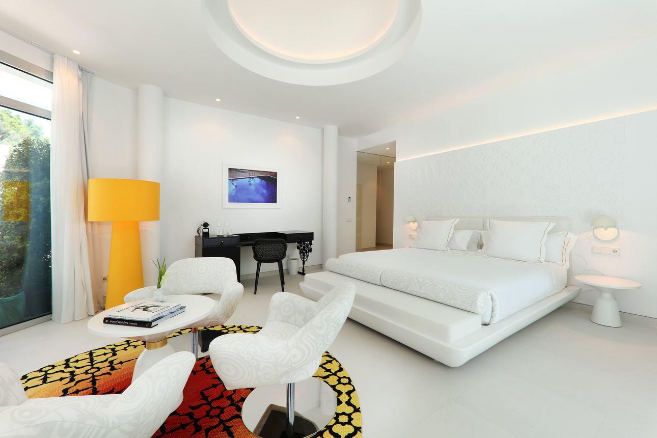 B Spa Suite
