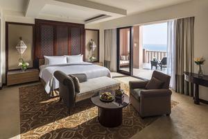 Al Husn Specialty Suite