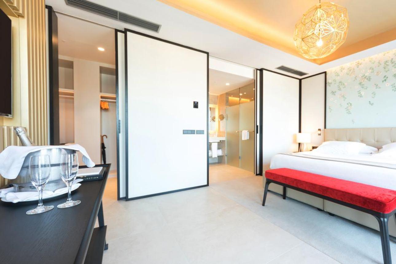 The Royal Suites