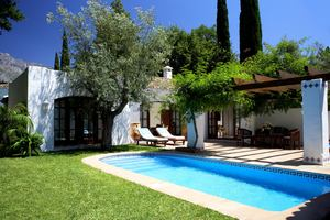 Villa - 2 Slaapkamers met Zwembad
