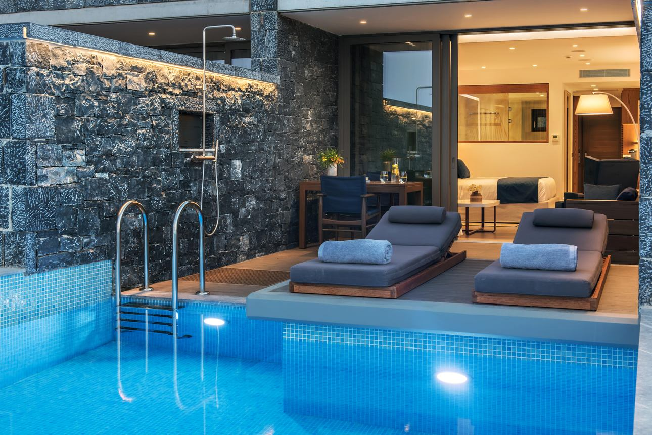 Deluxe Junior Suite Pool