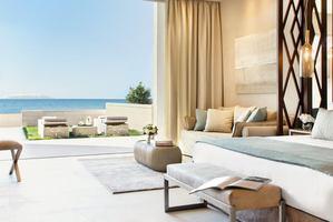 Deluxe Junior Suite Beachfront