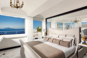 Acropolis Penthouse Suite