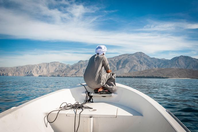 https://www.silverjet.nl/content/photos/res-1831448381-res-1859020435-src-1853231114-Oman__1_.jpg