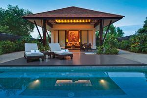 Lagoon Pool Villa