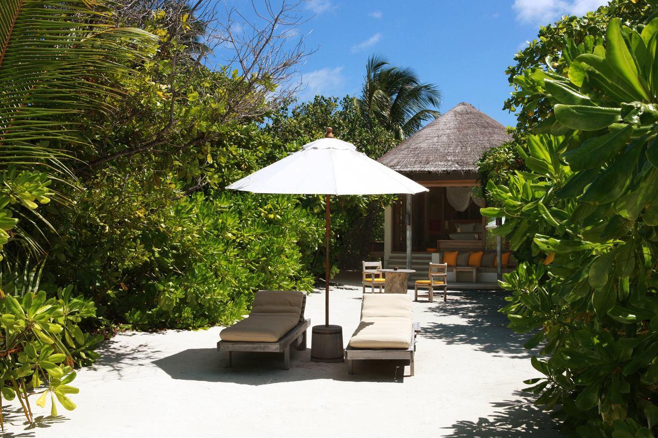 Lagoon Beach Villa