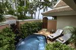 Deluxe Beach Front Villa met plungepool
