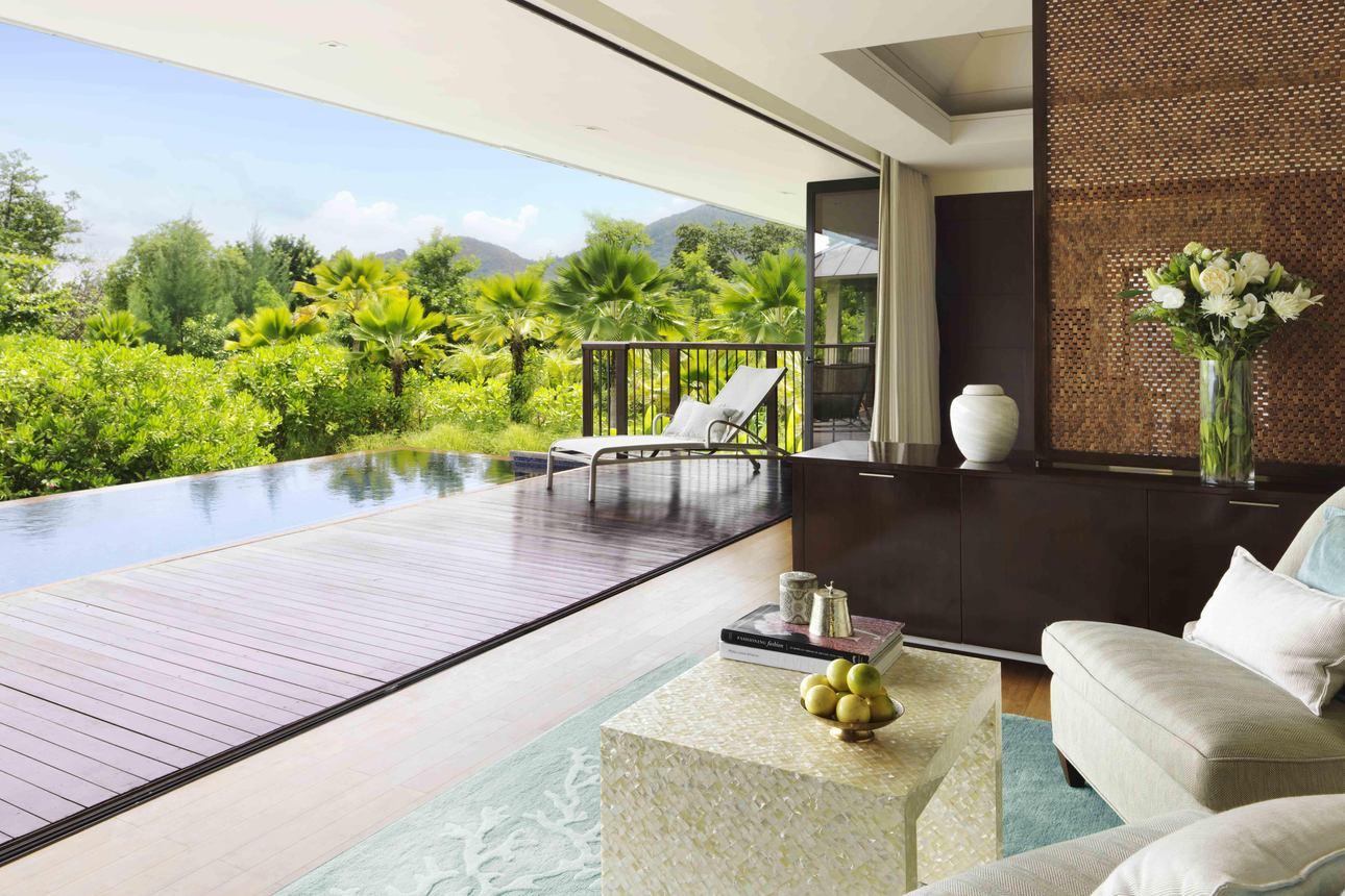 Beachfront Pool Villa 2-slaapkamers