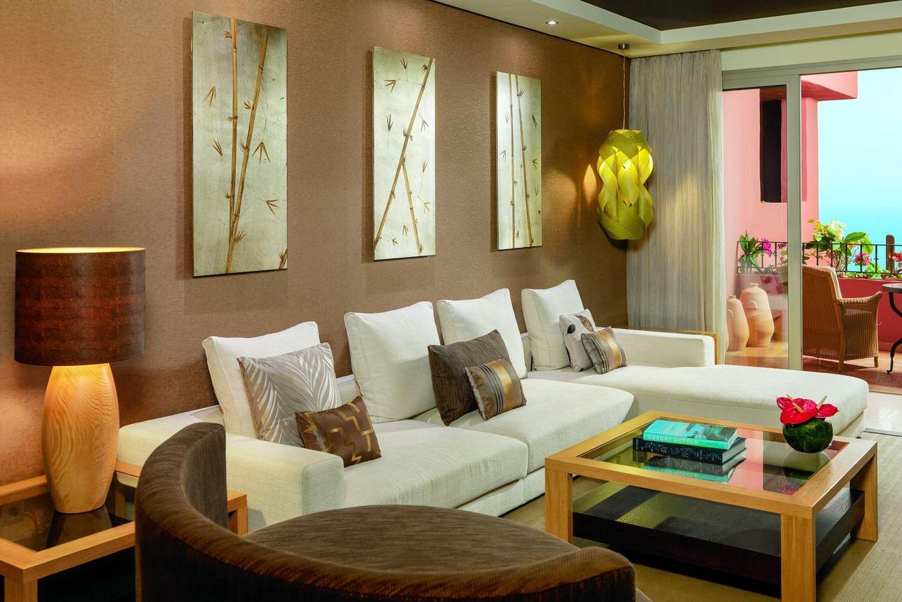 Villa Tagor Suite Tuinzicht