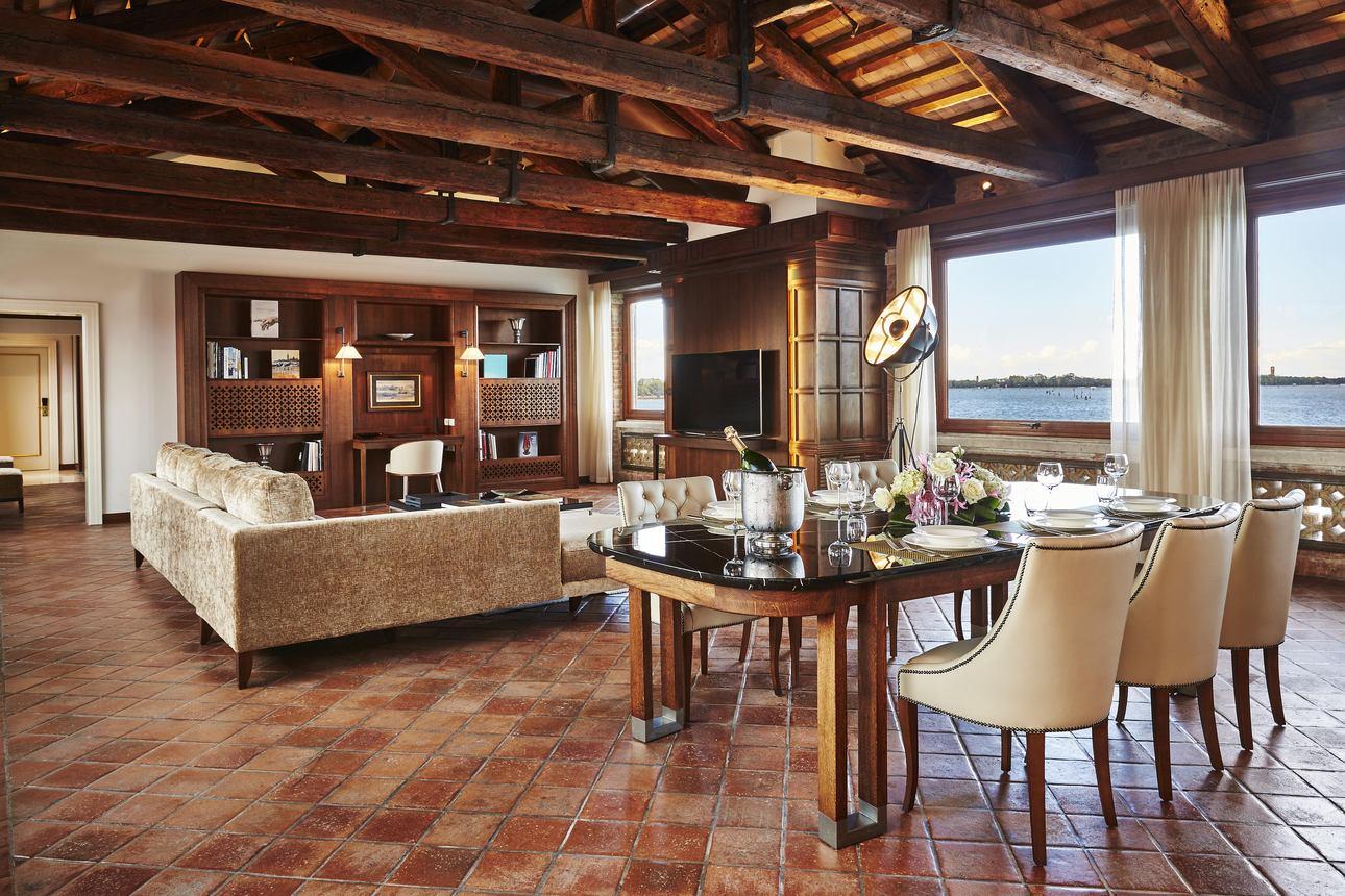 San Clemente Suite