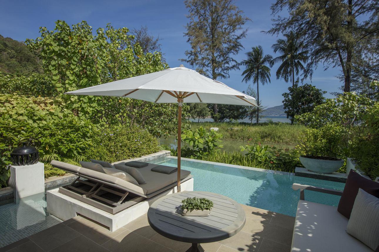 Lagoon Pool Pavilion