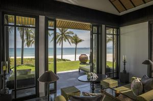 Beachfront Villa