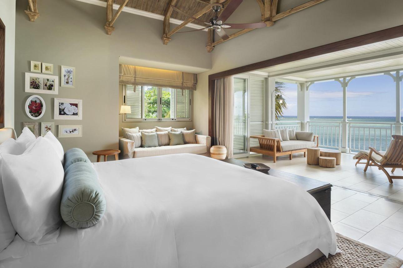 Beachfront Junior Suite