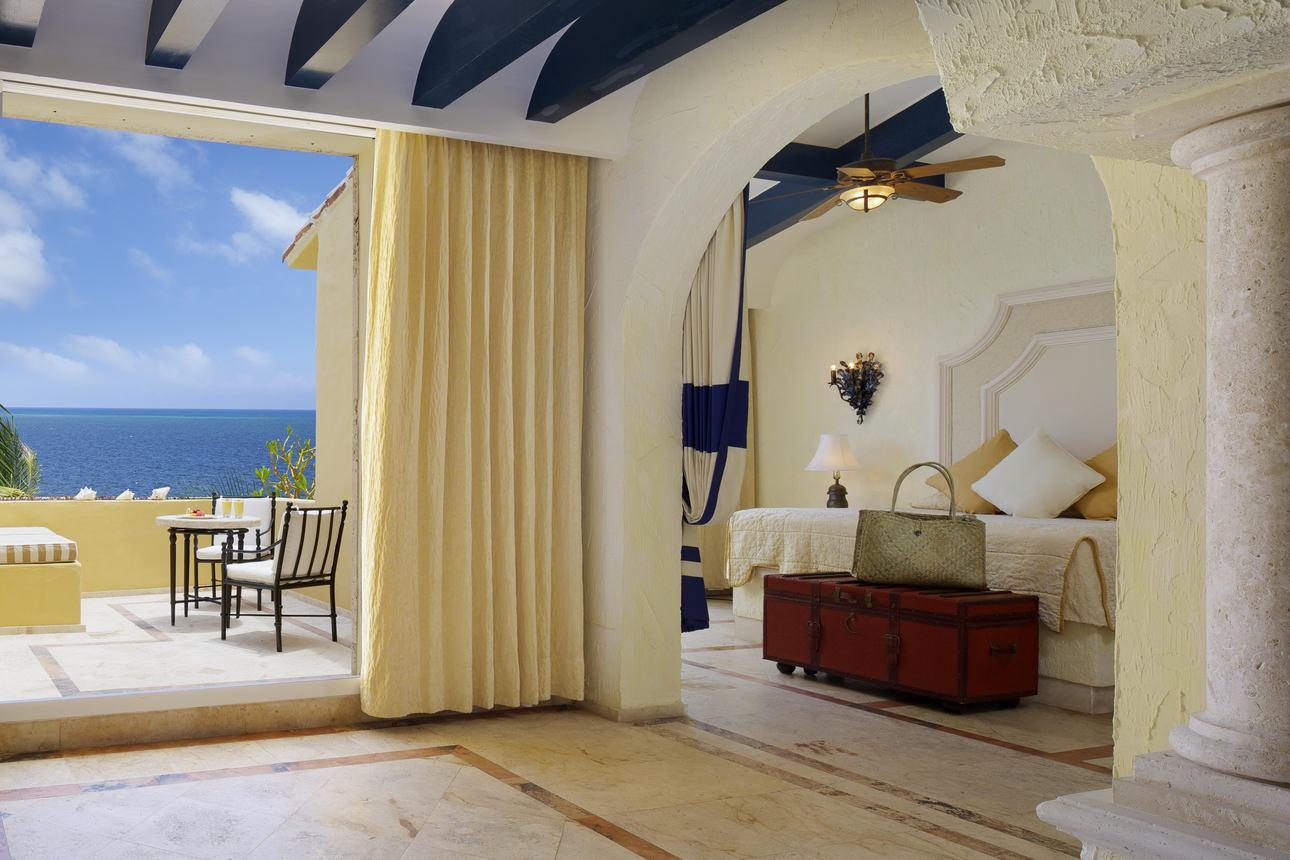 Romance Ocean Front Suite