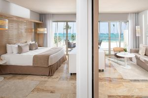 The Reserve Panoramic Ocean Front Suite