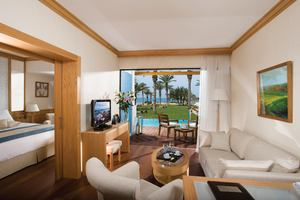 Executive Pool Suite Zeezicht