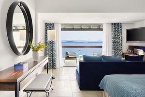 Deluxe Junior Suite Sea Front