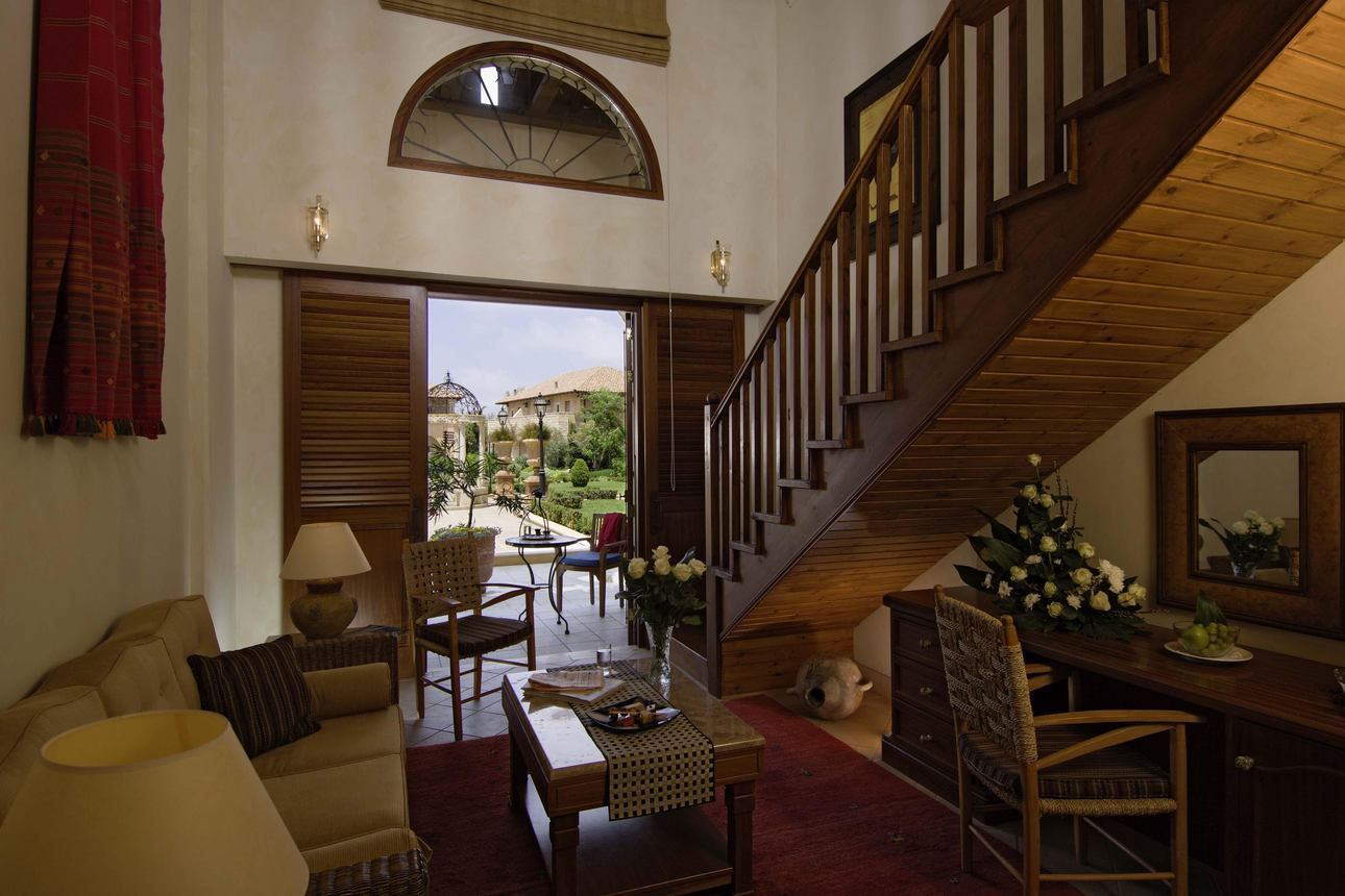 Chambre Family Cyprian Maisonette Royale Vue Jardin