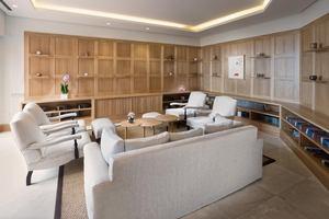 Ritz-Carlton Suite