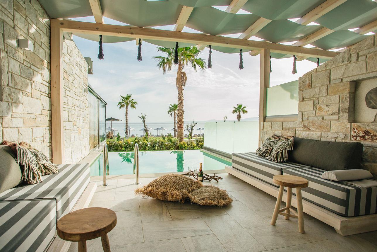Pool Suite Zeezicht