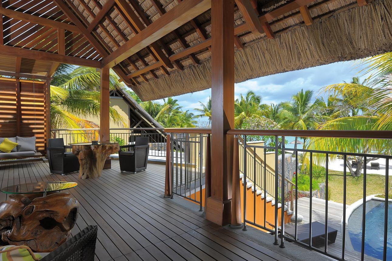 Beachfront Senior Pool Suite
