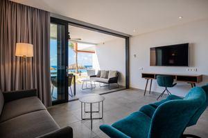 Beachfront 2-slaapkamer Appartement
