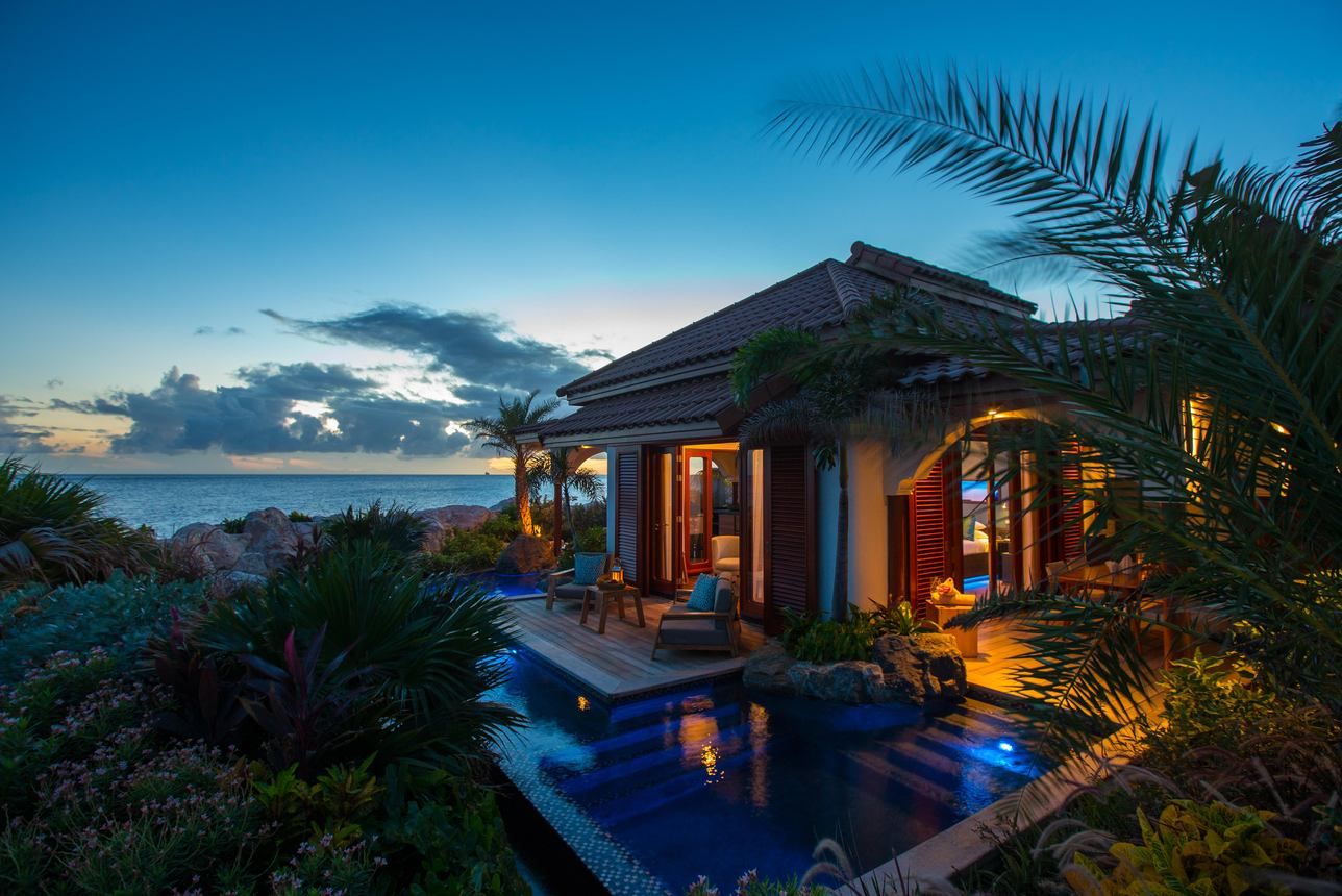 Beach Front Pool Suite