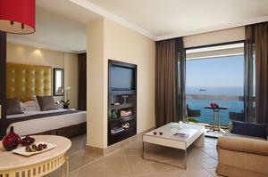 Grand Ocean Suite