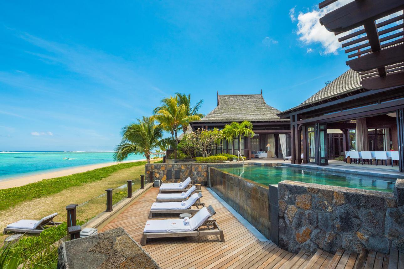 Grand Beachfront Villa - 2 slaapkamers