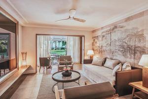 Executive Beach Front Suite