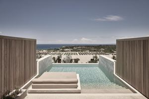 Executive Suite Private Pool Zeezicht