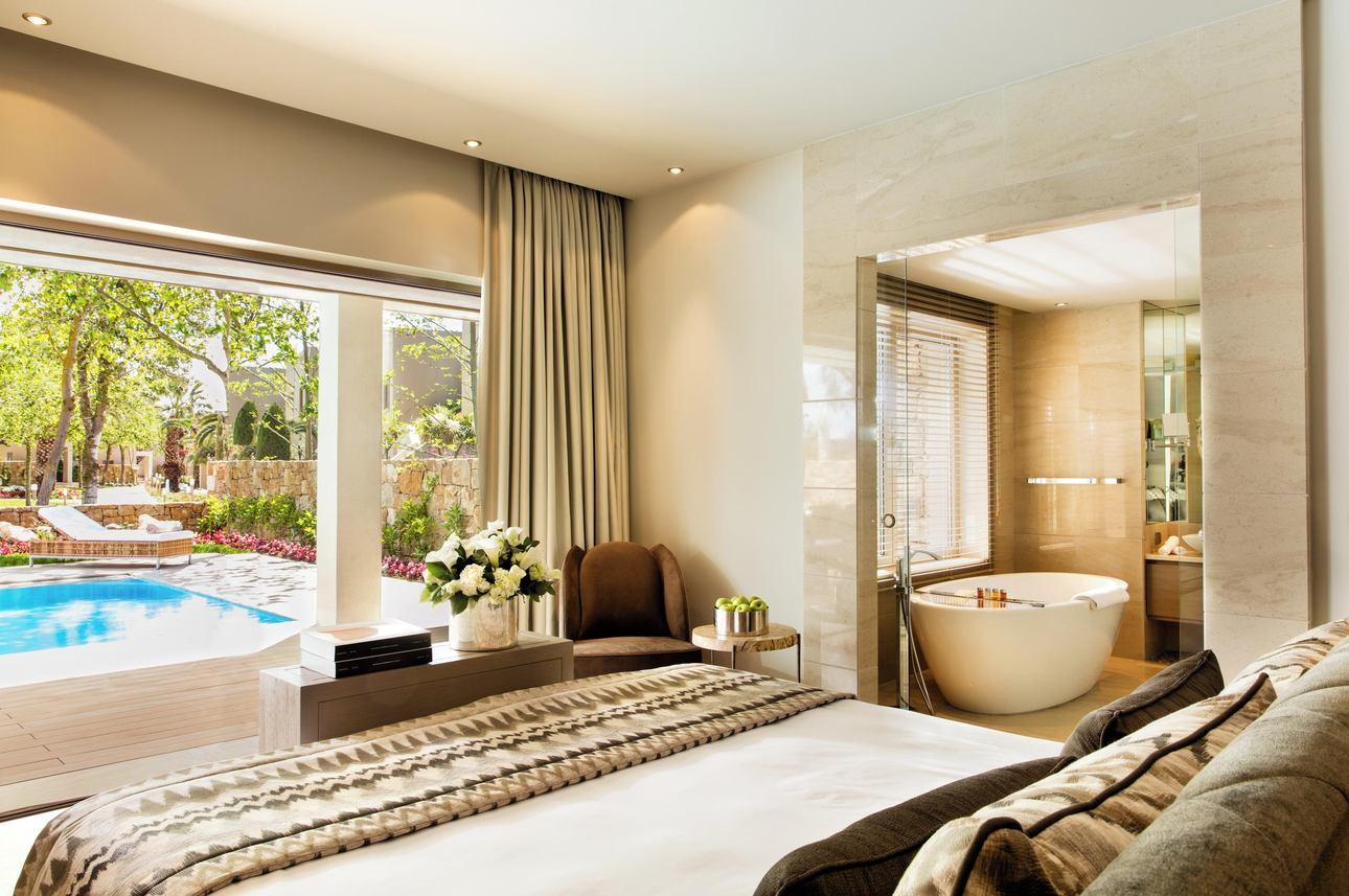 Deluxe Pool Suite - 3 slaapkamers